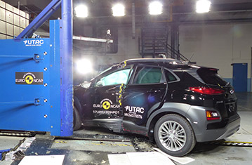 Hyundai Kona краш-тест