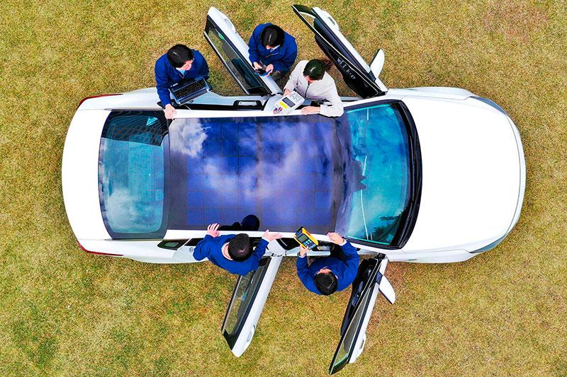 Hyundai планирует устанавливать солнечные батареи в крыши своих автомобилей