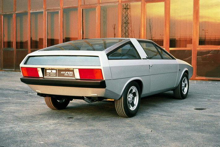 Hyundai pony 1974
