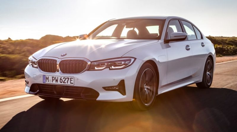 BMW отзывает несколько подключаемых гибридных моделей