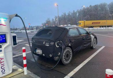 Новый Hyundai IONIQ 5 заметили на зарядной станции Ionity